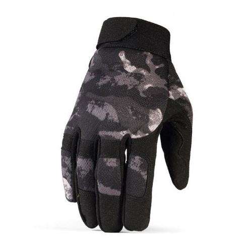 gloves-dark-camo